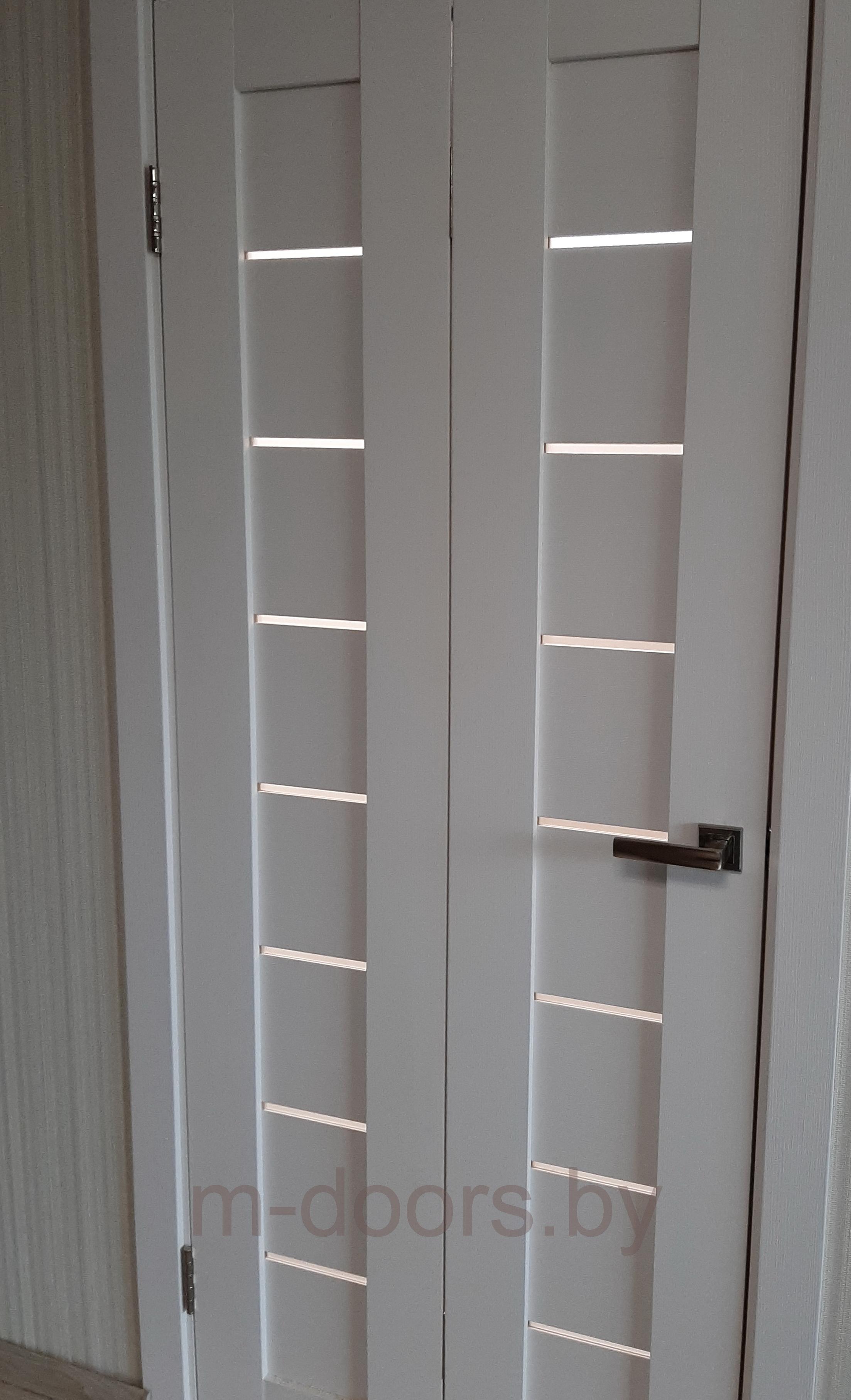 Дверь-«книга» с открытием на стену